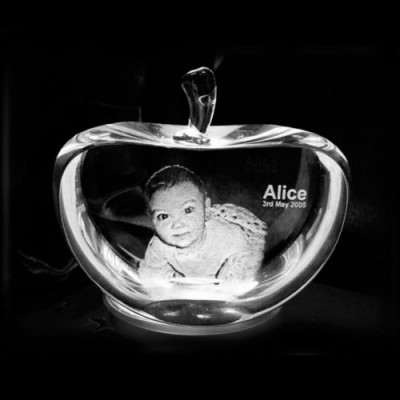 Apple Shape Crystal With 2D/3D Engraving Inside - The Handmade ™