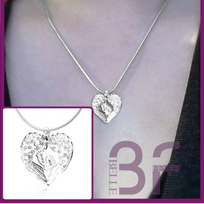 Angels Heart Necklace with Feet Insert - The Handmade ™
