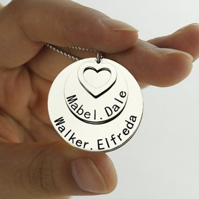 Disc Family Pendant Necklace Engraved Names in Silver - The Handmade ™