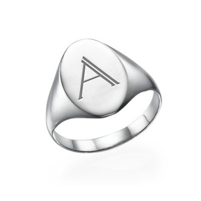 Initial Signet Ring in Silver - The Handmade ™