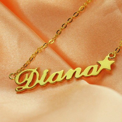 "Your Own Name Necklace ""Carrie"" - The Handmade ™"