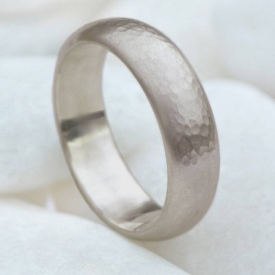 Mens 6mm Hammered Ring In Gold - The Handmade ™