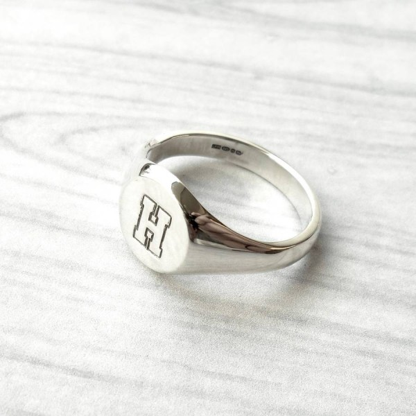 Personalised Round Initial Silver Signet Ring - The Handmade ™